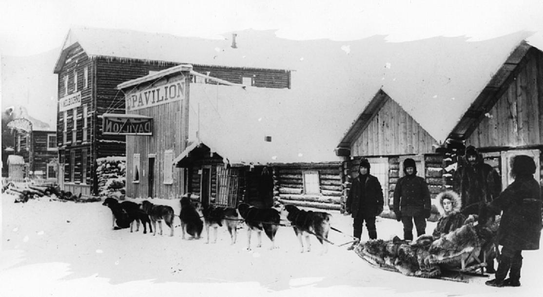 Dog_team_Dawson_Yukon_1899