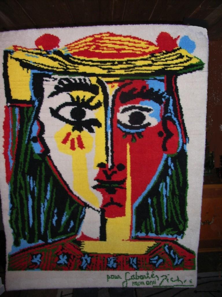 Picasso-rug-femme-au-chapeau-1-768x1024