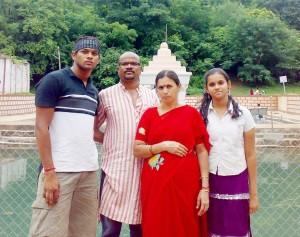 10ashekar babay family
